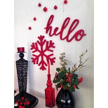 Hello Elyazısı Kırmızı Duvar Aksesuarı